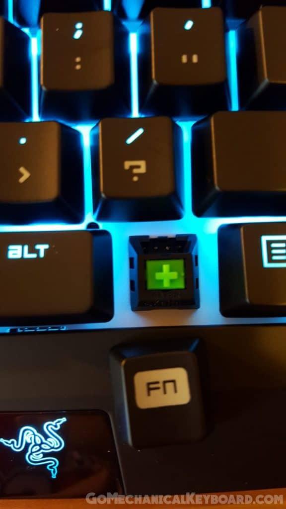 razer keyboard blackwidow how to turn on lights