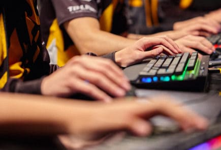 corsair k70 esports team