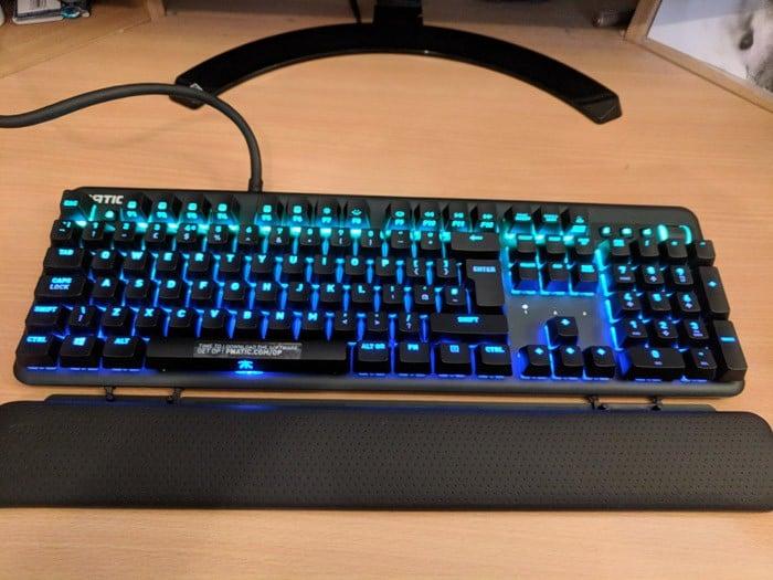Fnatic Streak Review: A Gaming Mechanical Beast   Go Mechanical Keyboard