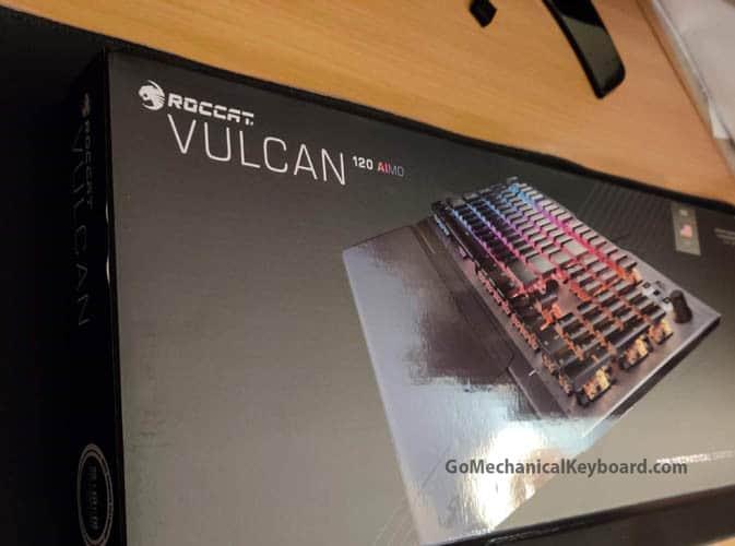 Roccat Vulcan 120 box up