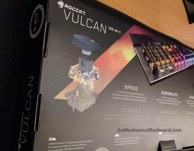 Roccat Vulcan 120 box bottom